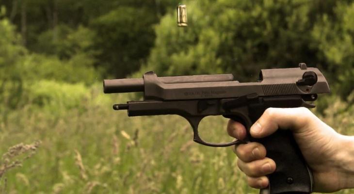 Сыктывкарец устроил стрельбу из пистолета у оптовых баз
