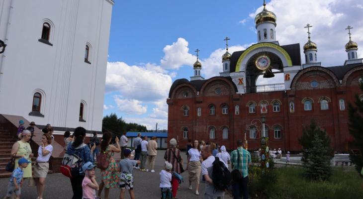 Современные технологии в церкви: сыктывкарцам продемонстрировали, на что способна новая колокольня