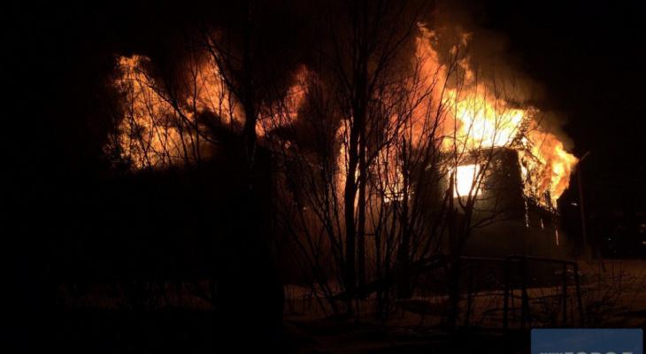 За день в Коми горело два дома