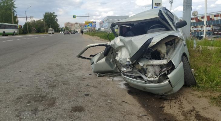 Появились подробности жесткого ДТП в Сыктывкаре, в котором пострадало три человека