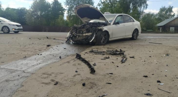Стало известно состояние пострадавших в жуткой аварии на Сысольском шоссе в Сыктывкаре