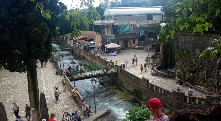 Туризм в пандемию: ПЦР-тесты, ковид-паспорта и штрафы за игнорирование Роспотребнадзора
