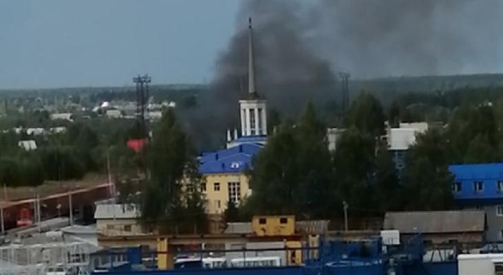 В Сыктывкаре произошел пожар у железнодорожного вокзала